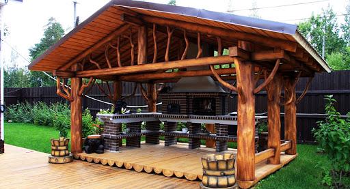 Беседки из дерева и их роль в ландшафтном дизайне